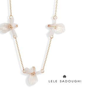 Lele Sadoughi ■ Trillium Flower Station Necklace
